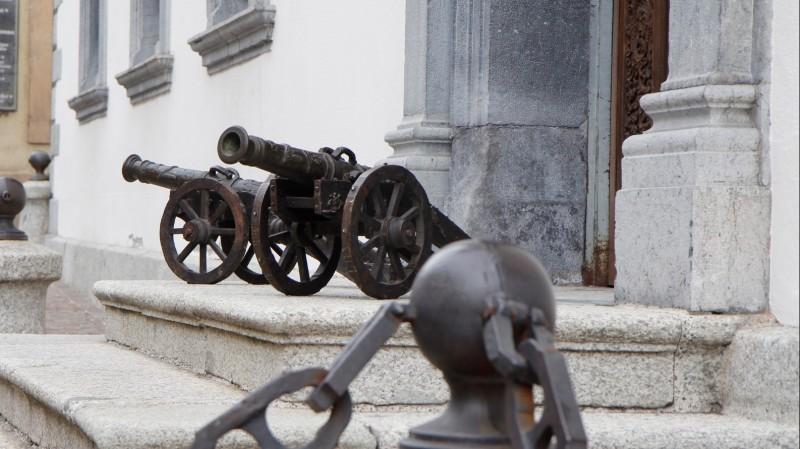 Paire de modèles de canons en bronze - Fin du XIXe, d'après des modèles du XVIe