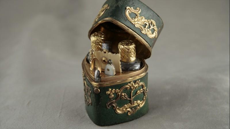 Nécessaire de dame - Or et galuchat, vers 1770