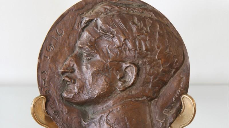 Léon PERRIN (1886-1978) - Médaillon d'applique en bronze, 1916