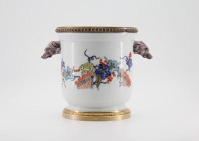 Seau à rafraîchir en porcelaine montée - Fin XIXe, dans le style de Chantilly