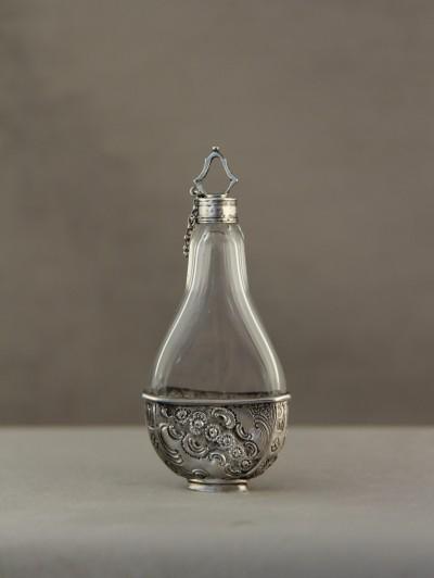 Flacon à sels d'époque Louis XV - Paris, 1744-1750
